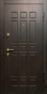 Входная дверь М128 вид снаружи