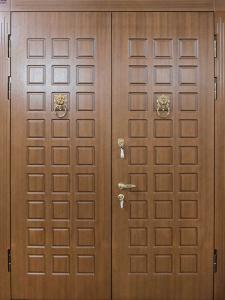 Входная дверь М135 вид снаружи