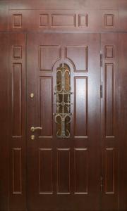 Входная дверь М109 вид снаружи