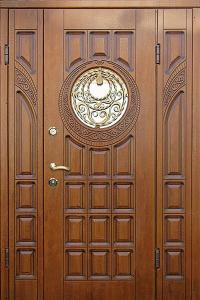 Входная дверь М180 вид снаружи