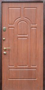 Входная дверь КВ16 вид снаружи
