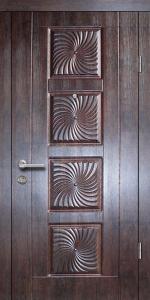 Входная дверь М242 вид снаружи