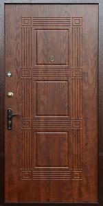 Уличная входная дверь КВ210 вид снаружи