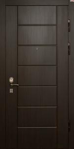 Входная дверь КВ218 вид снаружи