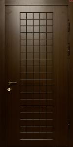 Входная дверь ТР77 вид снаружи