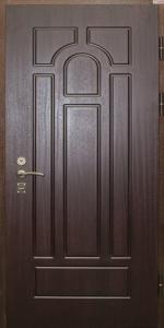 Входная дверь ТР79 вид снаружи