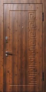Входная дверь ТР82 вид снаружи