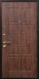 Входная дверь ТР83 вид снаружи