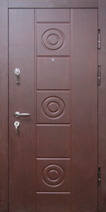 Входная дверь ТР171 вид снаружи