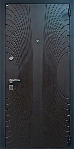 Входная дверь ТР174 вид снаружи