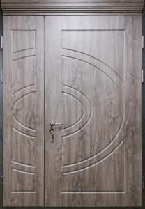 Входная дверь М275 вид снаружи