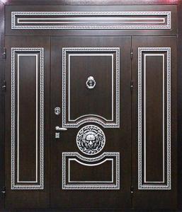 Входная дверь М295 вид снаружи