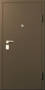 Входная дверь КВ8 вид снаружи