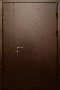 Уличная входная дверь ТР187 вид снаружи