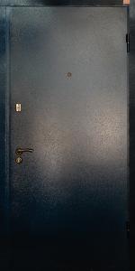 Входная дверь КВ129 вид снаружи