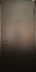 Входная дверь КВ80 вид снаружи