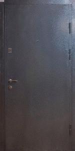 Входная дверь КВ117 вид снаружи