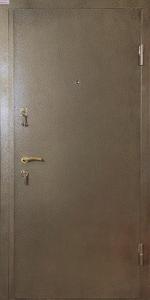 Квартирная входная дверь КВ163 вид снаружи