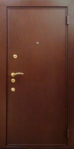 Входная дверь ТР182 вид снаружи