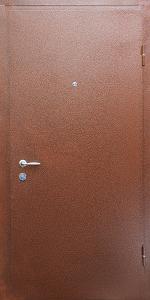 Входная дверь КВ131 вид снаружи