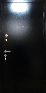Входная дверь КВ95 вид снаружи