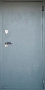 Усиленная дверь У4 вид снаружи