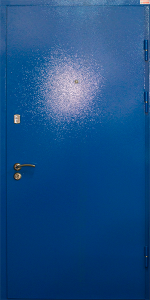 Квартирная входная дверь КВ145 вид снаружи