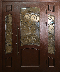 Входная дверь М94 вид снаружи