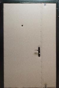 Тамбурная дверь Т10 вид внутри