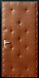 Входная дверь КВ121 вид снаружи