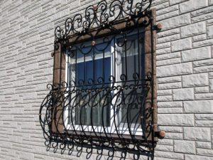 Кованая решетка №2 - фото 1