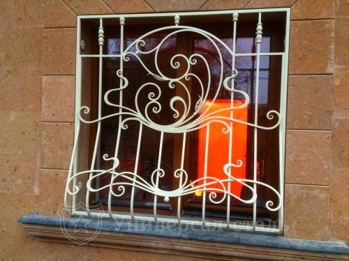 Кованая решетка №3 — фото