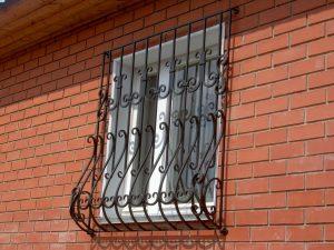 Кованая решетка №5 - фото 1