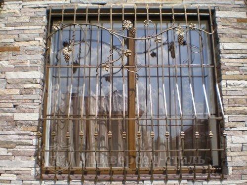 Кованая решетка №66 — фото