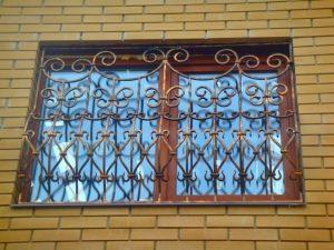 Кованая решетка №67 - фото 1