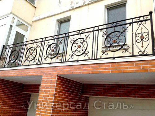 Кованый балкон №50 — фото