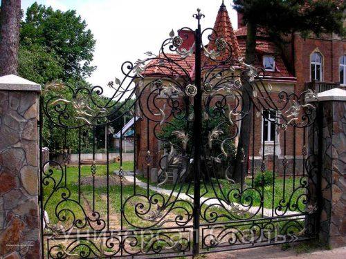 Кованые ворота V-014 — фото